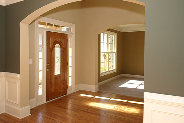 How to Choose a Front Door for Your Custom Home